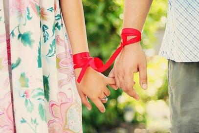 holding hand friend love close  (32)